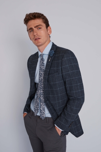 Dec 01,  · Buy a slim fit suit from £ and get a shirt and tie free, or up to 60% markdowns on Moss London suits DKNY Polo shirts 2 for £40, or 5 shirts for £90 As savvy shoppers are well aware, all our offers, including all current Moss Bros vouchers are % free and are really simple to use as well.