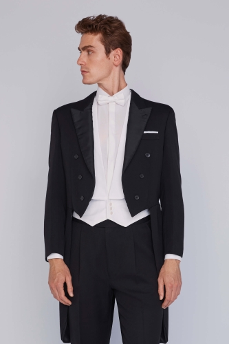 Fashionable men's suits MENS WHITE TAILCOAT EMBROIDERY